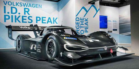 Land vehicle, Vehicle, Car, Sports car, Race car, Supercar, Automotive design, Sports prototype, Coupé, Performance car,