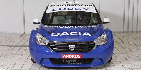Motor vehicle, Mode of transport, Automotive design, Blue, Daytime, Vehicle registration plate, Transport, Vehicle, Hood, Headlamp,