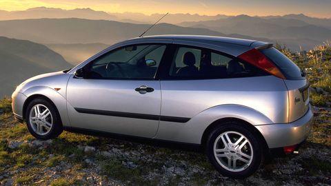 Land vehicle, Vehicle, Motor vehicle, Alloy wheel, Automotive design, Car, Vehicle door, Automotive tire, Ford motor company, Rim,