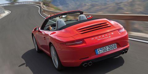 Mode of transport, Automotive design, Vehicle registration plate, Vehicle, Performance car, Red, Car, Sports car, Bmw z8, Fender,