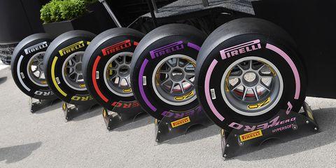 Tire, Automotive tire, Formula one tyres, Wheel, Alloy wheel, Auto part, Rim, Automotive wheel system, Vehicle, Spoke,