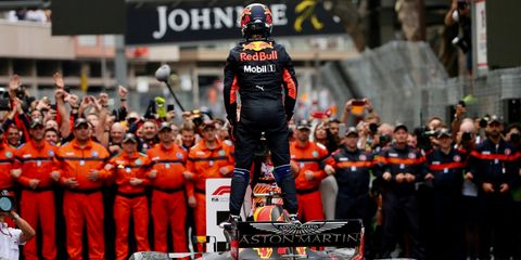 Formula one, Championship, Vehicle, Motorsport, Technology, Team, Crew, Race of champions, Competition event, Race car,