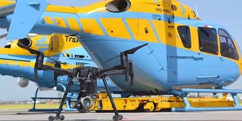 Vehicle, Aircraft, Aviation, Airplane, Helicopter, Aerospace engineering, Airline, Rotorcraft, Transport, Air travel,