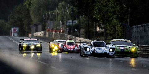 Land vehicle, Vehicle, Race car, Car, Sports car, Sports car racing, Motorsport, Racing, Supercar, Auto racing,