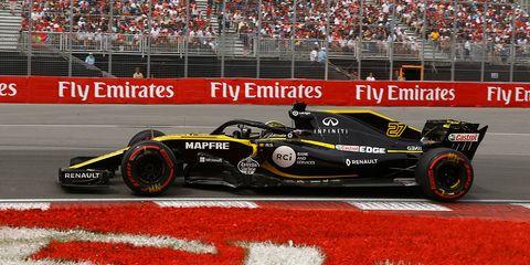 Land vehicle, Formula one, Vehicle, Race car, Sports, Racing, Formula one car, Motorsport, Formula libre, Open-wheel car,