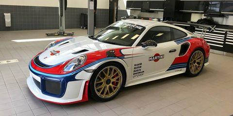 Land vehicle, Vehicle, Car, Sports car, Supercar, Performance car, Sports car racing, Porsche 911 gt3, Automotive design, Porsche,