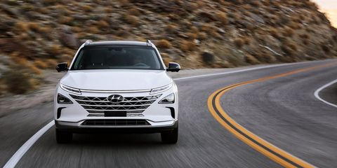 Land vehicle, Vehicle, Car, Mid-size car, Automotive design, Grille, Sport utility vehicle, Crossover suv, Ford motor company, Family car,