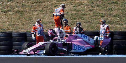 Vehicle, Sports, Racing, Motorsport, Formula libre, Race track, Race car, Open-wheel car, Formula one car, Auto racing,