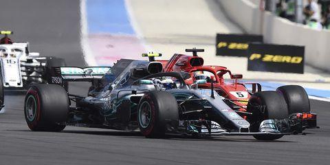 Land vehicle, Formula one, Vehicle, Race car, Sports, Formula one car, Racing, Motorsport, Open-wheel car, Formula racing,
