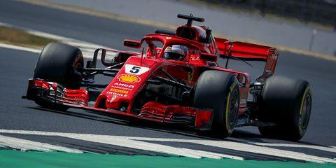 Land vehicle, Formula one, Formula one car, Vehicle, Race car, Sports, Racing, Open-wheel car, Motorsport, Tire,