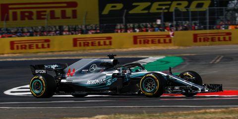 Land vehicle, Formula one, Vehicle, Race car, Sports, Racing, Formula one car, Auto racing, Motorsport, Formula libre,