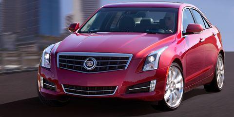 Motor vehicle, Mode of transport, Daytime, Vehicle, Automotive design, Transport, Land vehicle, Car, Grille, Automotive mirror,