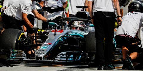 Race track, Formula one tyres, Vehicle, Race car, Automotive tire, Formula one car, Motorsport, Formula one, Formula libre, Tire,