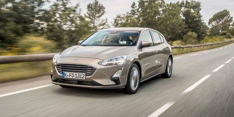 Land vehicle, Vehicle, Car, Motor vehicle, Automotive design, Family car, Ford motor company, Mid-size car, Sedan, Compact car,