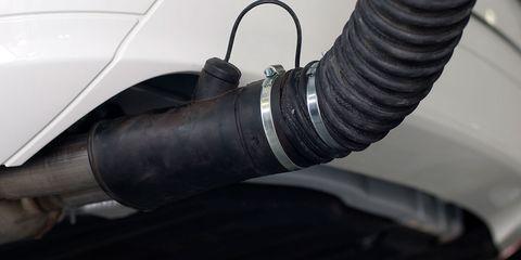 Auto part, Pipe, Tire, Exhaust system, Automotive tire, Automotive exhaust, Hose, Vehicle,