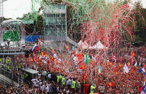 Crowd, Red, Leaf, Tree, Event, Festival, Confetti, Carnival, Plant, Fan,