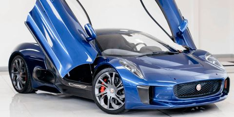 Land vehicle, Vehicle, Car, Automotive design, Supercar, Sports car, Performance car, Wheel, Personal luxury car, Luxury vehicle,