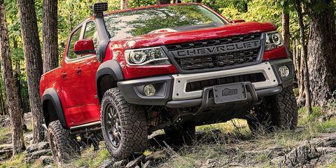 Land vehicle, Vehicle, Car, Automotive tire, Tire, Off-roading, Bumper, Motor vehicle, Off-road vehicle, Automotive exterior,