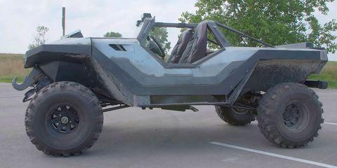Land vehicle, Vehicle, Automotive tire, Tire, Car, Motor vehicle, Wheel, Mode of transport, Automotive wheel system, Military vehicle,