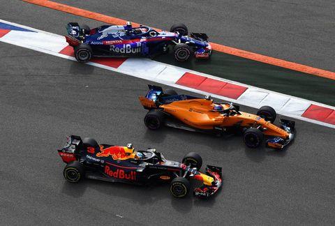 Land vehicle, Formula one, Vehicle, Race car, Sports, Racing, Motorsport, Formula libre, Formula racing, Formula one car,