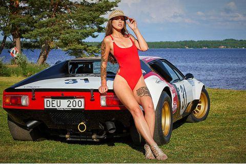 Land vehicle, Vehicle, Car, Coupé, Sports car, Automotive design, Classic car, Supercar, Model, Sedan,