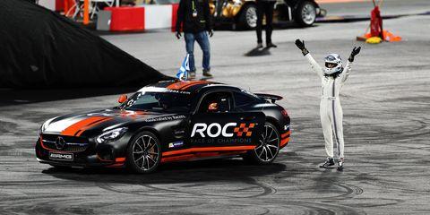 Land vehicle, Vehicle, Sports car racing, Race track, Car, Motorsport, Performance car, Endurance racing (motorsport), Sports car, Racing,