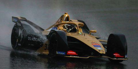 Vehicle, Formula libre, Race car, Formula racing, Car, Formula one car, Open-wheel car, Motorsport, Racing, Automotive design,