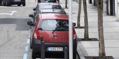 Land vehicle, Vehicle, Car, Transport, Mode of transport, Citroën nemo, Hatchback, City car, Automotive exterior, Compact car,