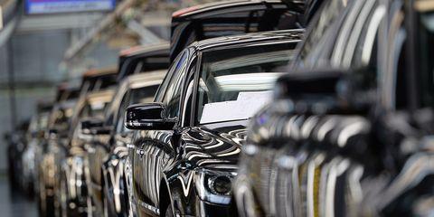 motor vehicle, vehicle, car, automotive design, automotive exterior, luxury vehicle, transport, automotive tire, wheel, tire,