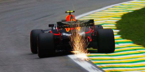 Formula one, Race car, Formula one car, Formula libre, Formula one tyres, Formula racing, Tire, Open-wheel car, Automotive tire, Vehicle,