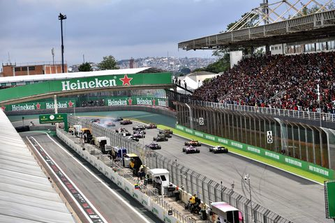Sport venue, Race track, Stadium, Racing, Motorsport, Auto racing, Vehicle, Endurance racing (motorsport), Sports, Crowd,