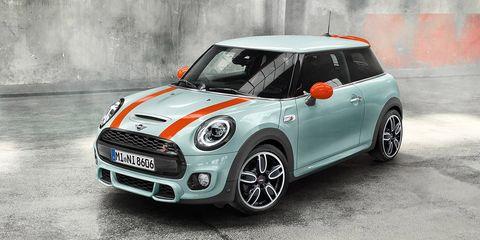 Land vehicle, Vehicle, Car, Mini, Motor vehicle, Mini cooper, Vehicle door, Automotive design, Automotive exterior, Bumper,