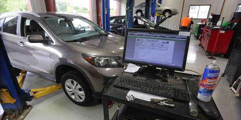 Land vehicle, Vehicle, Car, Motor vehicle, Bumper, Technology, Sport utility vehicle, Hood, Automotive exterior, Toyota,