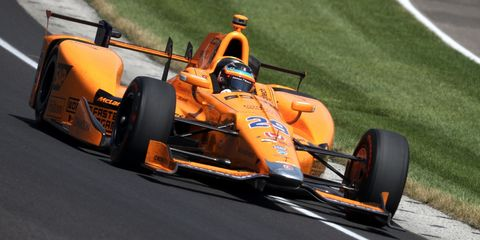 Land vehicle, Vehicle, Motorsport, Race car, Formula libre, Formula one tyres, Formula racing, Formula one, Open-wheel car, Racing,