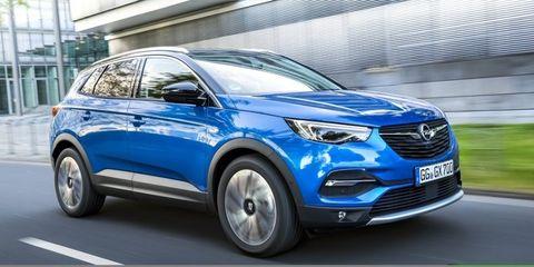 Land vehicle, Vehicle, Car, Motor vehicle, Automotive design, Sport utility vehicle, Mid-size car, Compact sport utility vehicle, Crossover suv, Technology,