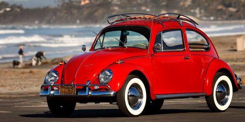Land vehicle, Vehicle, Car, Motor vehicle, Classic, Coupé, Rim, Classic car, Volkswagen beetle, Antique car,