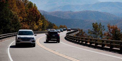 Land vehicle, Vehicle, Road, Highway, Car, Lane, Freeway, Mode of transport, Infrastructure, Transport,