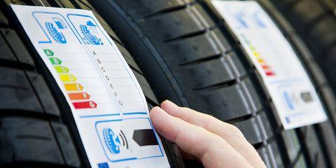 Tire, Automotive tire, Auto part, Motor vehicle, Automotive wheel system, Tread, Wheel, Bicycle tire, Rim, Vehicle,