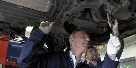 Motor vehicle, Automobile repair shop, Auto part, Auto mechanic, Aerospace engineering, Mechanic, Vehicle, Engine,