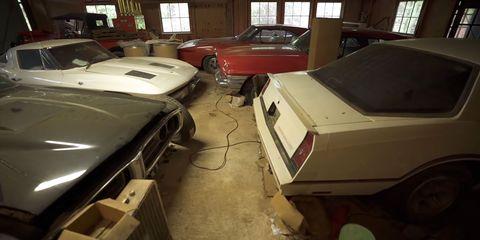 Vehicle, Car, Automotive exterior, Hood, Sedan, Hardtop, Coupé,