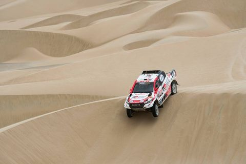 Racing, Auto racing, Motorsport, Rallying, Sand, Rally raid, World rally championship, Vehicle, Desert racing, Natural environment,