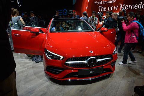 Land vehicle, Vehicle, Car, Auto show, Automotive design, Motor vehicle, Personal luxury car, Performance car, Mid-size car, Concept car,