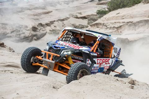Land vehicle, Vehicle, Off-road racing, Off-roading, Regularity rally, Automotive tire, Car, Off-road vehicle, Tire, Desert racing,