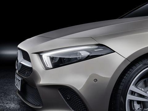 Land vehicle, Vehicle, Car, Automotive design, Motor vehicle, Luxury vehicle, Automotive lighting, Automotive exterior, Mid-size car, Headlamp,