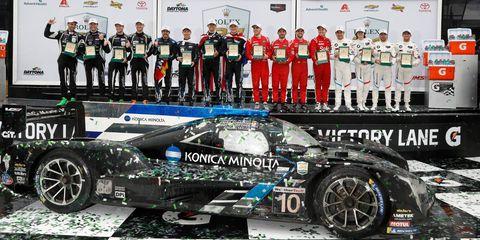 Land vehicle, Vehicle, Race car, Car, Performance car, Sports car, Supercar, Automotive design, Motorsport, Pit stop,