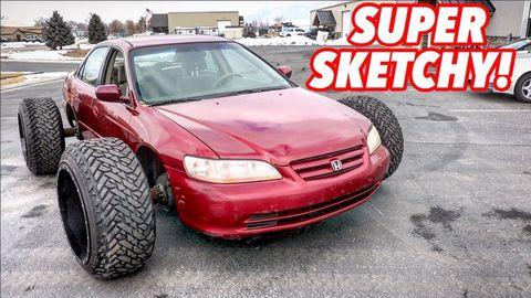 Land vehicle, Vehicle, Car, Bumper, Automotive tire, Automotive design, Hood, Rim, Tire, Automotive exterior,