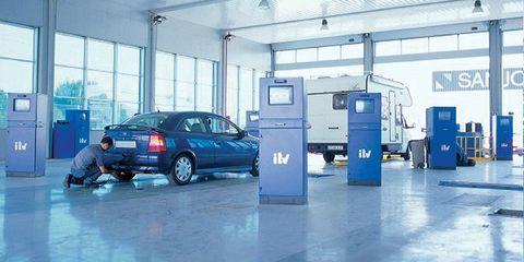 Product, Automotive parking light, Floor, Automotive exterior, Vehicle door, Automotive lighting, Machine, Fixture, Alloy wheel, Service,