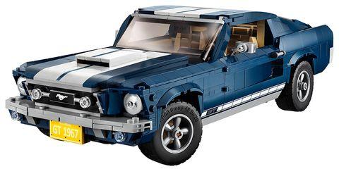 Land vehicle, Vehicle, Car, Automotive exterior, Hood, Auto part, Hardtop, Bumper, Family car, Truck bed part,