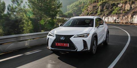 Land vehicle, Vehicle, Car, Mid-size car, Lexus, Automotive design, Motor vehicle, Sport utility vehicle, Lexus rx hybrid, Crossover suv,