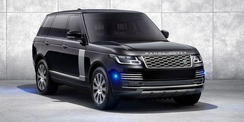 Land vehicle, Vehicle, Car, Automotive design, Sport utility vehicle, Automotive tire, Motor vehicle, Range rover, Grille, Tire,